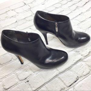 Via Spiga black leather platform heel booties Sz 6